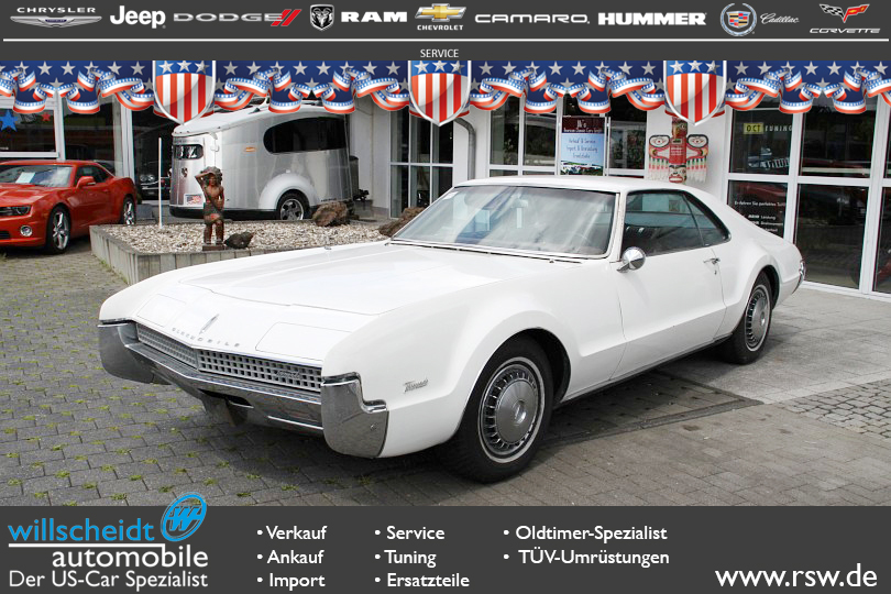 Oldsmobile Toronado 2-Door Coupe