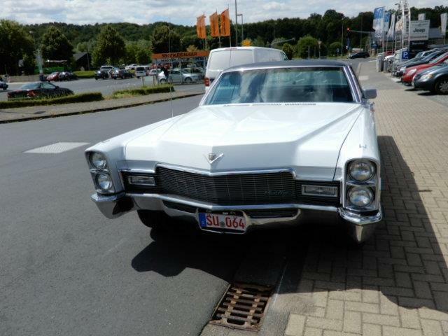 Cadillac Deville Coupe de Ville 2 Door Hardtop